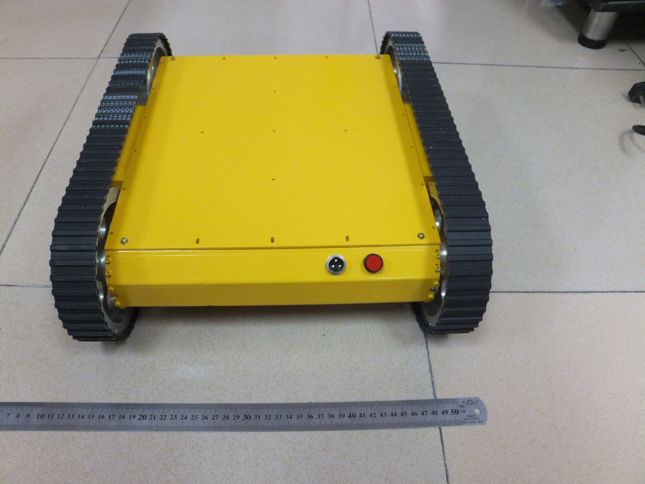 Heavy-duty-tracked-mobile-robot-tank-kit-3